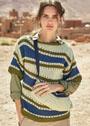 Трехцветный пуловер со скошенными полосами. Спицы