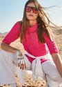 Розовый хлопковый пуловер с фантазийным узором. Спицы