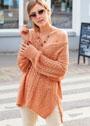 Свободный терракотовый пуловер с миксом узоров. Спицы