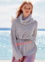 Свободный пуловер с крупными ромбами, дополненный снудом. Спицы