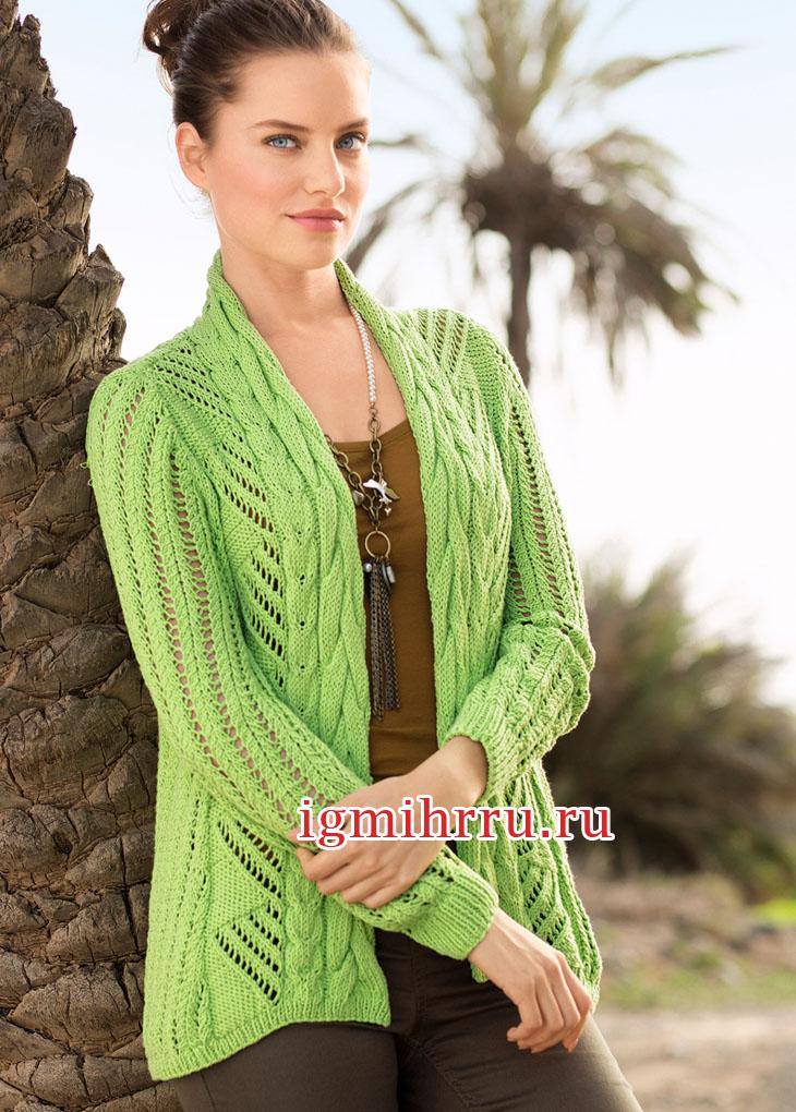 Зеленый ажурный жакет с планкой из кос. Вязание спицами