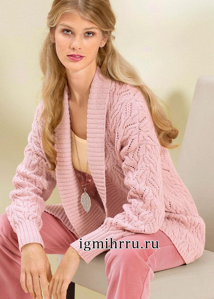 Розовый жакет с ажурным узором из кос. Вязание спицами