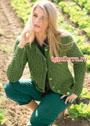 Жакет оливкового цвета с сетчатым и рельефным узорами. Спицы