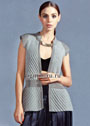 Светло-серый жилет с фантазийными узорами, как атрибут вечернего наряда. Спицы