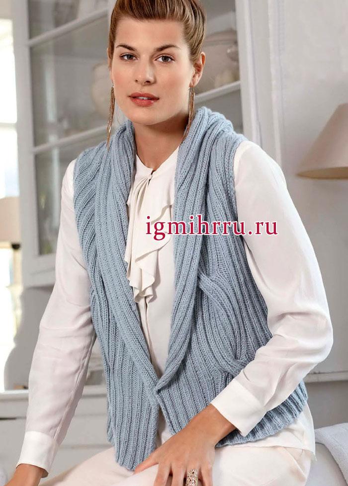 Изысканно и тепло! Серо-голубой объемный жилет с косами. Вязание спицами