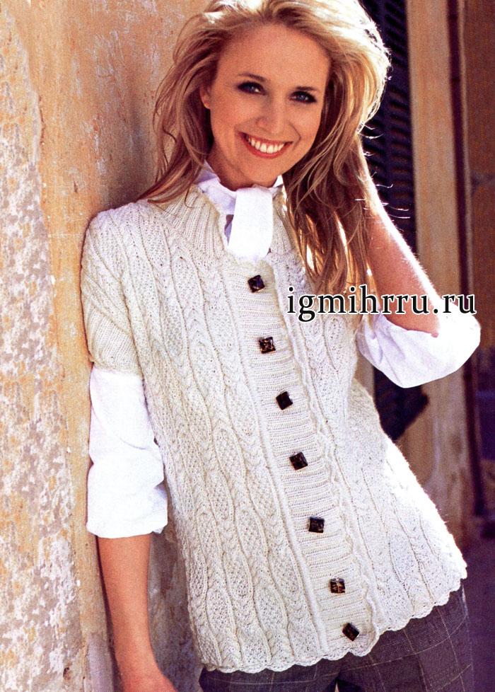 Белый шерстяной жилет с красивыми узорчатыми полосами. Вязание спицами