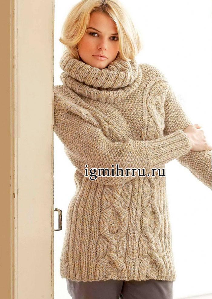 Светло-коричневый пуловер с крупными косами, дополненный снудом. Вязание спицами
