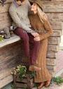 Шерстяной костюм рыжевато-коричневого цвета: пуловер и юбка с косами. Спицы