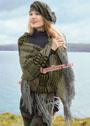 Теплые аксессуары для прохладной погоды: шарф с бахромой и объемный берет. Спицы