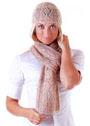 Комплект из шапочки и шарфа с узором ромбы. Спицы