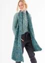 Комплект в зеленых тонах: пуловер с крупной косой и длинный шарф. Спицы