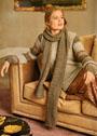 Пуловер со структурным узором и рукавами в полоску, дополненный длинным шарфом. Спицы
