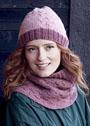 Теплый комплект с косами: шапочка и снуд в розовых тонах. Спицы