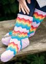 Шерстяные носки с зигзагообразным узором. Спицы