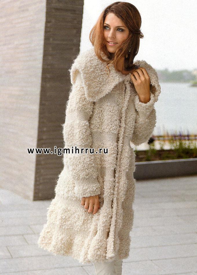 Теплое белое пальто со вставками из пряжи, имитирующей овечий мех, от финских дизайнеров. Спицы