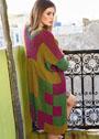 Пальто в стиле пэчворк из разноцветных квадратов. Спицы