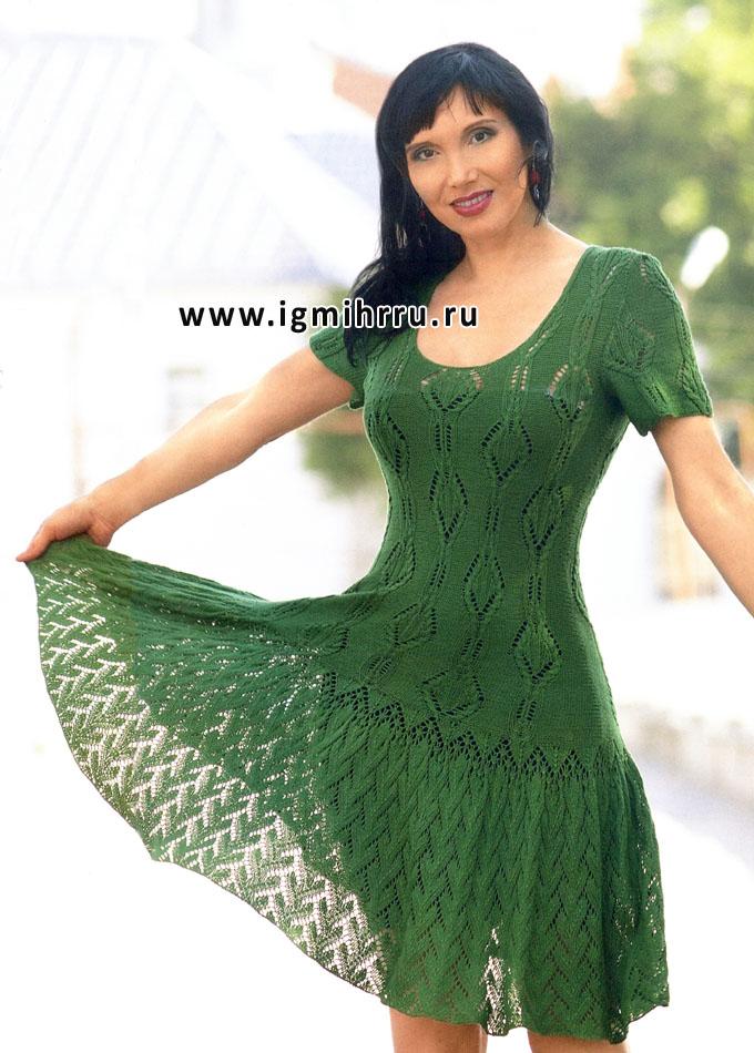 Зеленое ажурное платье с короткими рукавами. Спицы
