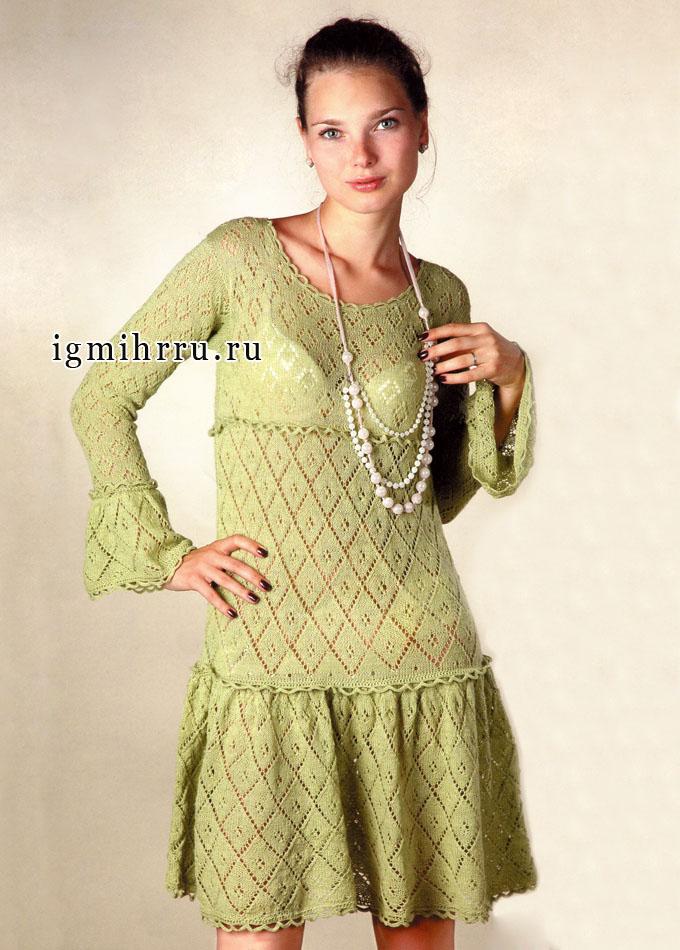 Ажурное шерстяное платье фисташкового цвета. Спицы