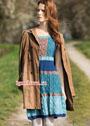 Разноцветное платье с арановым узором и резинками. Спицы