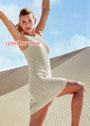 Светлое летнее платье А-силуэта с ажурным узором. Спицы