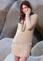 Женственное бежевое платье с плиссировкой. Спицы