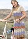Трехцветное платье с узором из арок. Спицы