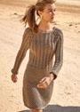 Бесшовное платье с коллажем рельефных узоров. Спицы