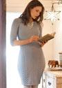 Серое облегающее платье из шерстяной пряжи. Спицы
