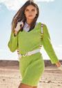Ярко-зеленое хлопковое платье со структурными узорами. Спицы