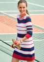 В спортивном стиле. Платье в трехцветную полоску. Спицы