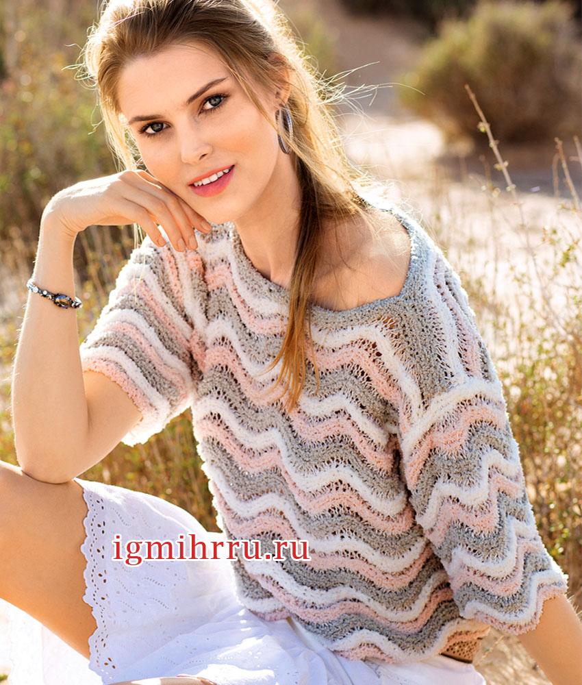 Короткий летний пуловер с разноцветным волнистым узором. Вязание спицами