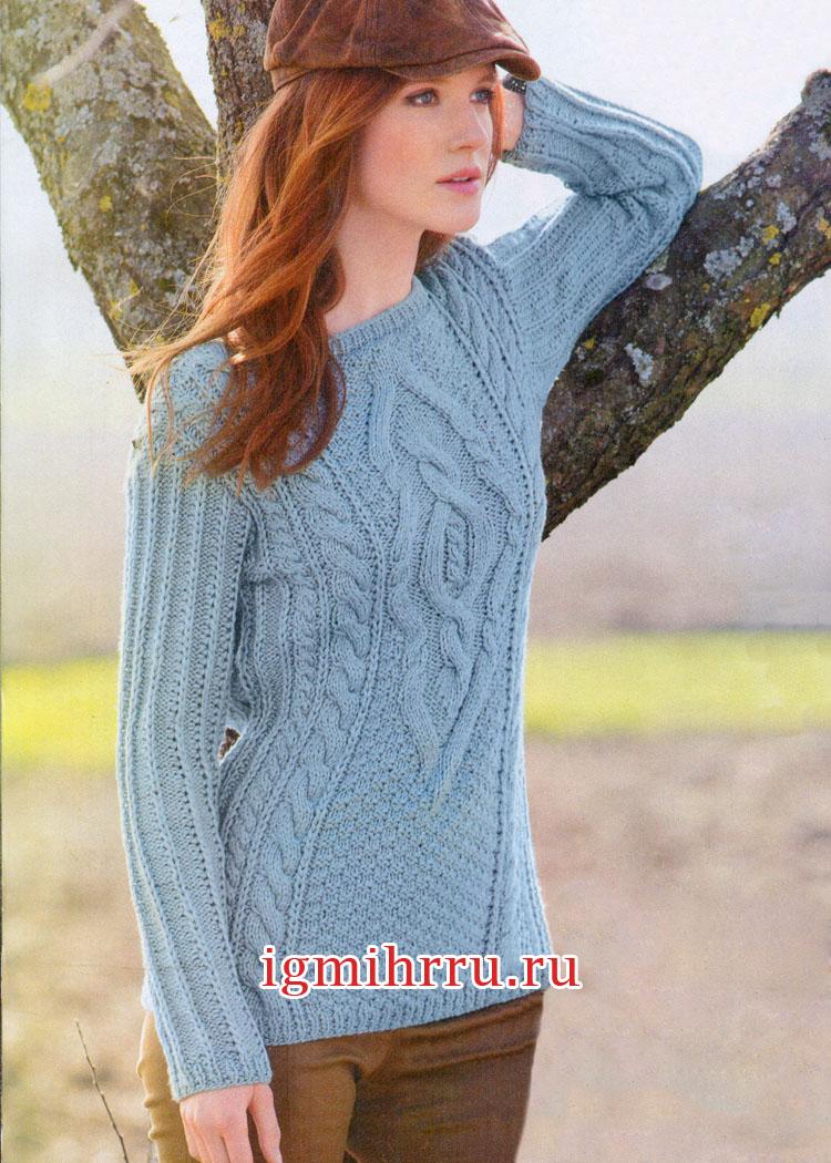 Голубой пуловер с сочетанием красивых узоров. Вязание спицами