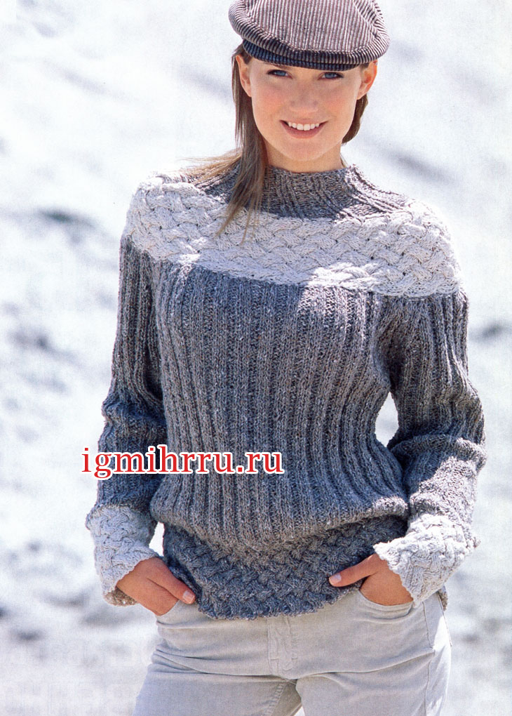 Пуловер с плетеной кокеткой. Вязание спицами