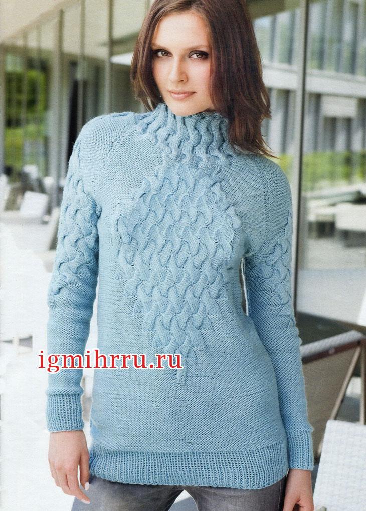 Голубой пуловер с эффектными косами. Вязание спицами