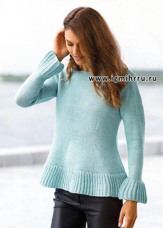 Просто и элегантно! Шерстяной пуловер нежного голубого цвета, с баской, от финских дизайнеров. Спицы