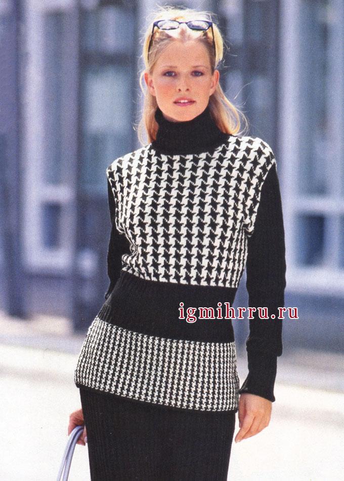 Теплый черно-белый пуловер с узором гусиная лапка. Спицы