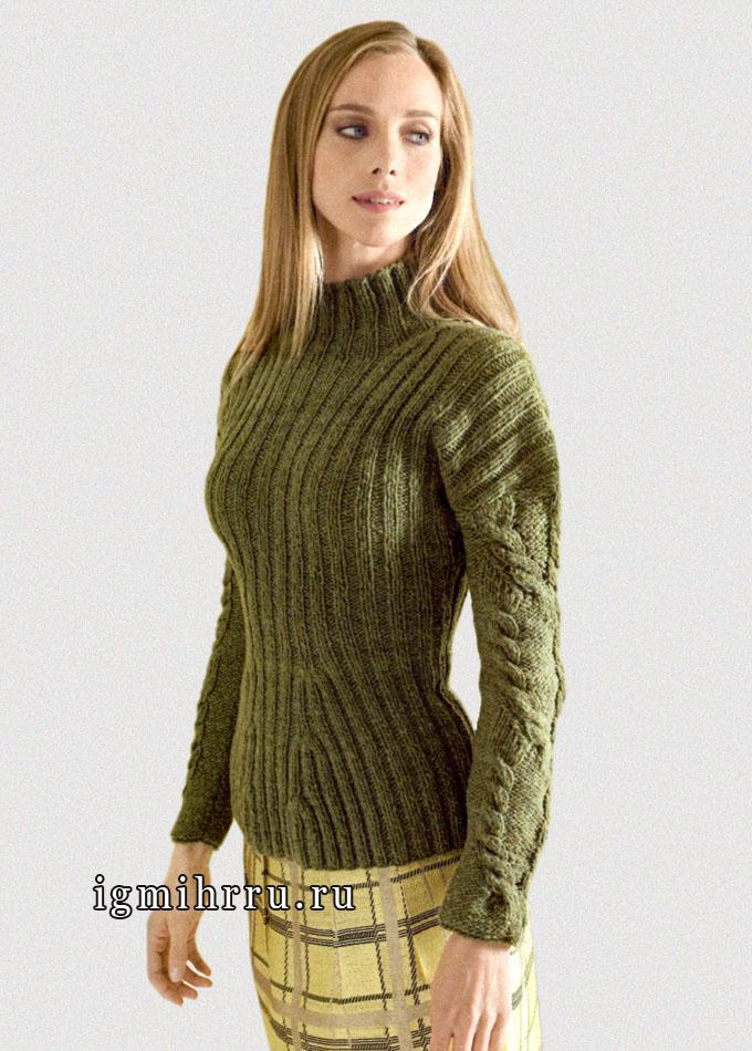 Теплый, стройнящий женщину, темно-оливковый джемпер в резинку и с косами, от Lana Grossa. Спицы
