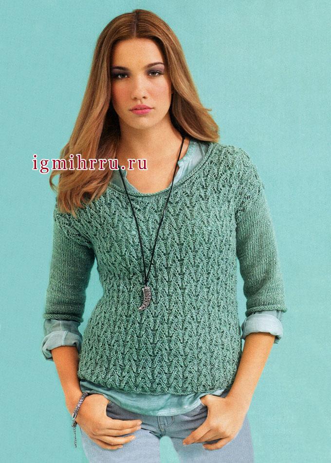 Зелено-голубой пуловер с ажурными узорами. Вязание спицами