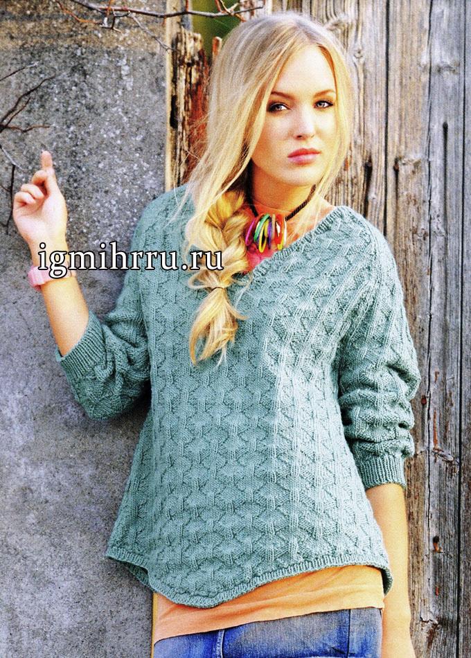 Пуловер-реглан с рельефным узором и неровными нижними краями. Вязание спицами