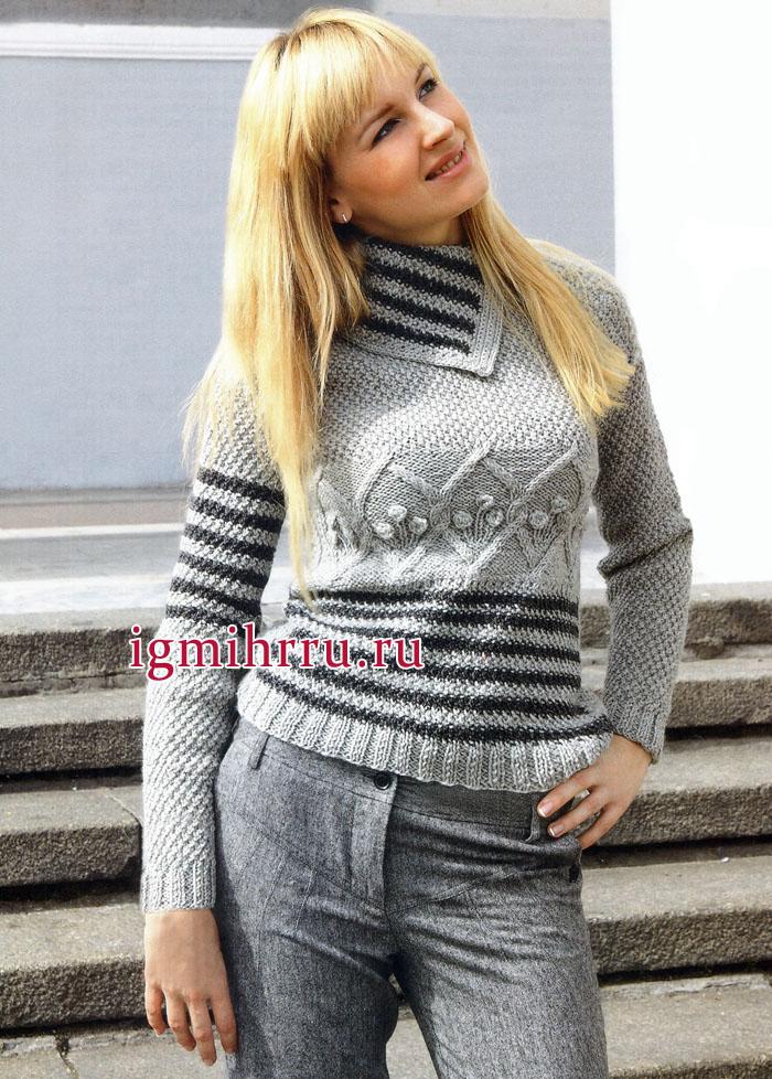 Серый шерстяной пуловер с полосками и узорами из ромбов. Вязание спицами