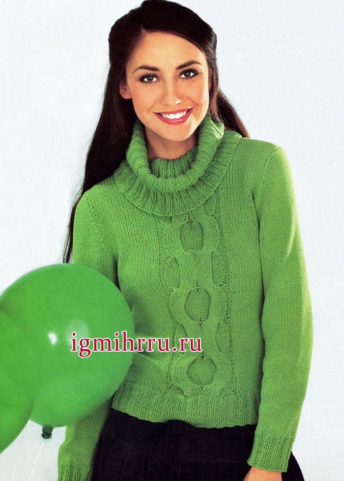 Пуловер насыщенного зеленого цвета с красиво лежащим воротником и центральной рельефной косой. Вязание спицами