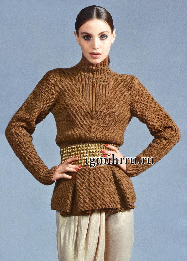 Стильный коричневый пуловер со складками. Вязание спицами