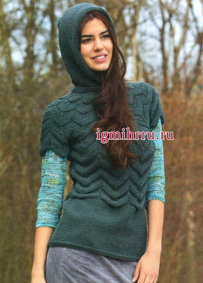 Молодежный теплый пуловер, выполненный зубчатым узором, с круглой кокеткой и капюшоном. Вязание спицами