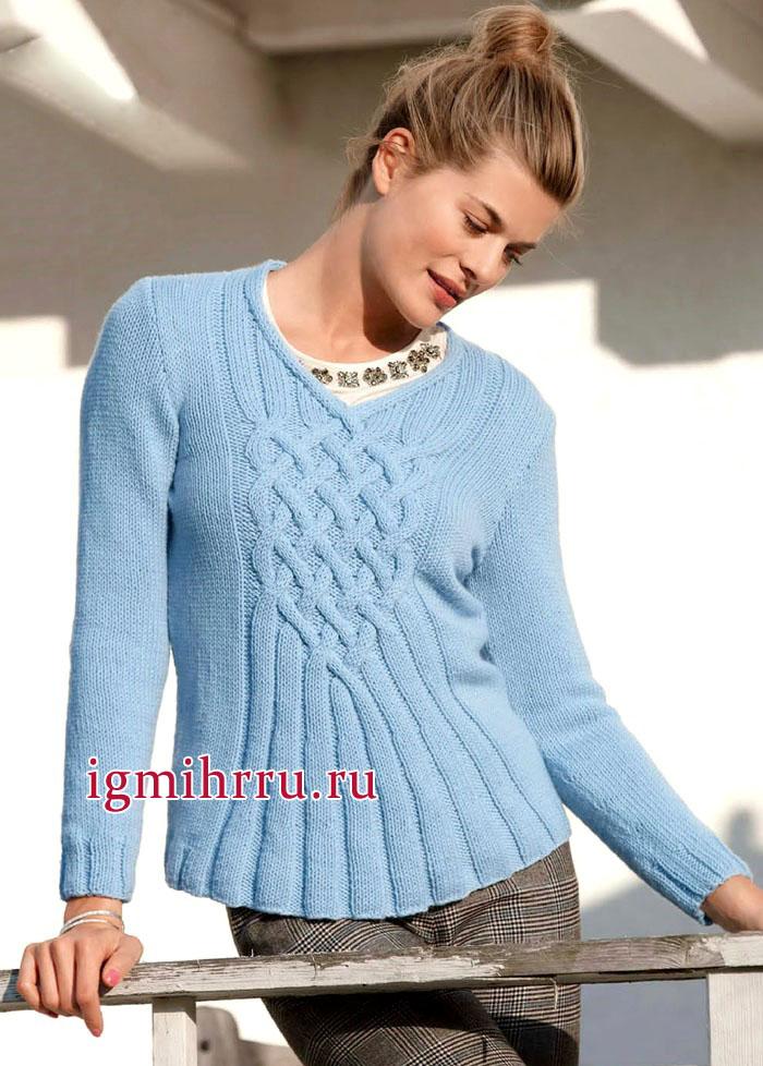 Мягкий кашемировый пуловер голубого цвета, с красивым плетеным узором. Вязание спицами
