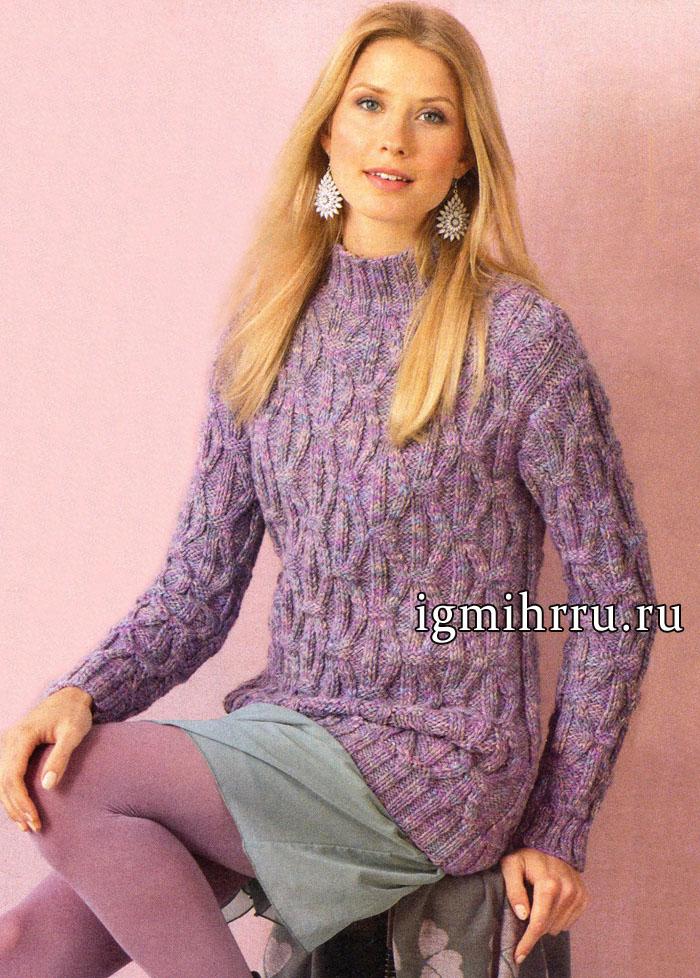 Сиреневый меланжевый пуловер с выразительными рельефными структурами. Вязание спицами