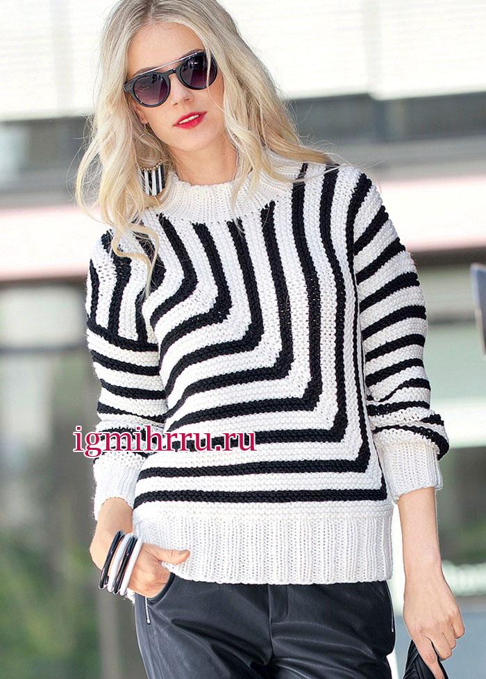 Черно-белый пуловер с вертикальными и горизонтальными полосами, соединяющимися по диагонали. Вязание спицами