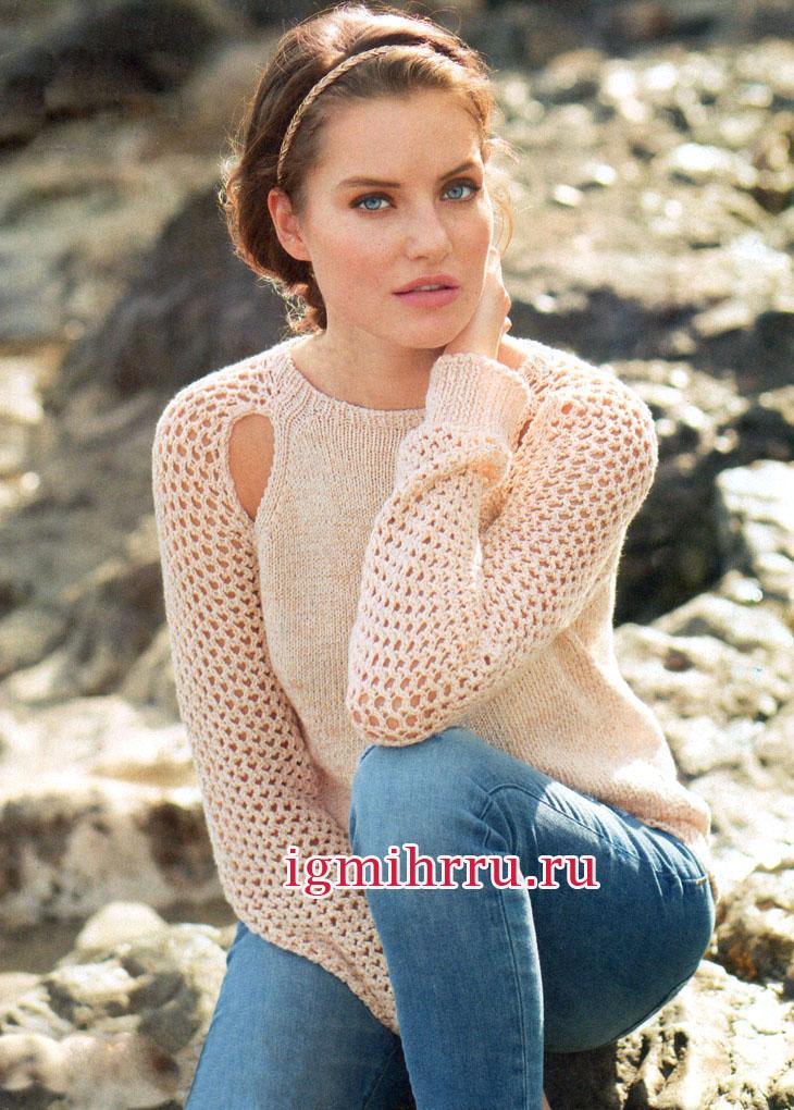 Элегантное сочетание гладкого полотна и легкой сетки. Пуловер абрикосового цвета с разрезами на регланных скосах. Вязание спицами