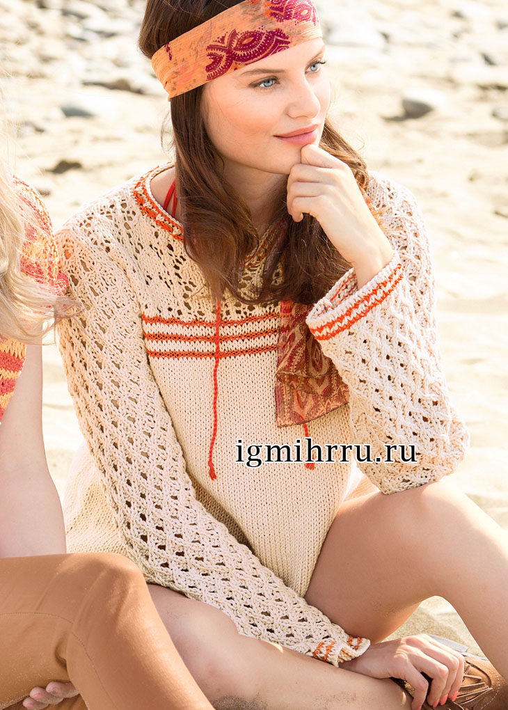Пуловер телесного цвета с ажурными узорами и тонкими полосками. Вязание спицами
