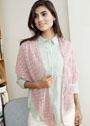 Розовая шелковая шаль с ажурными узорами. Спицы
