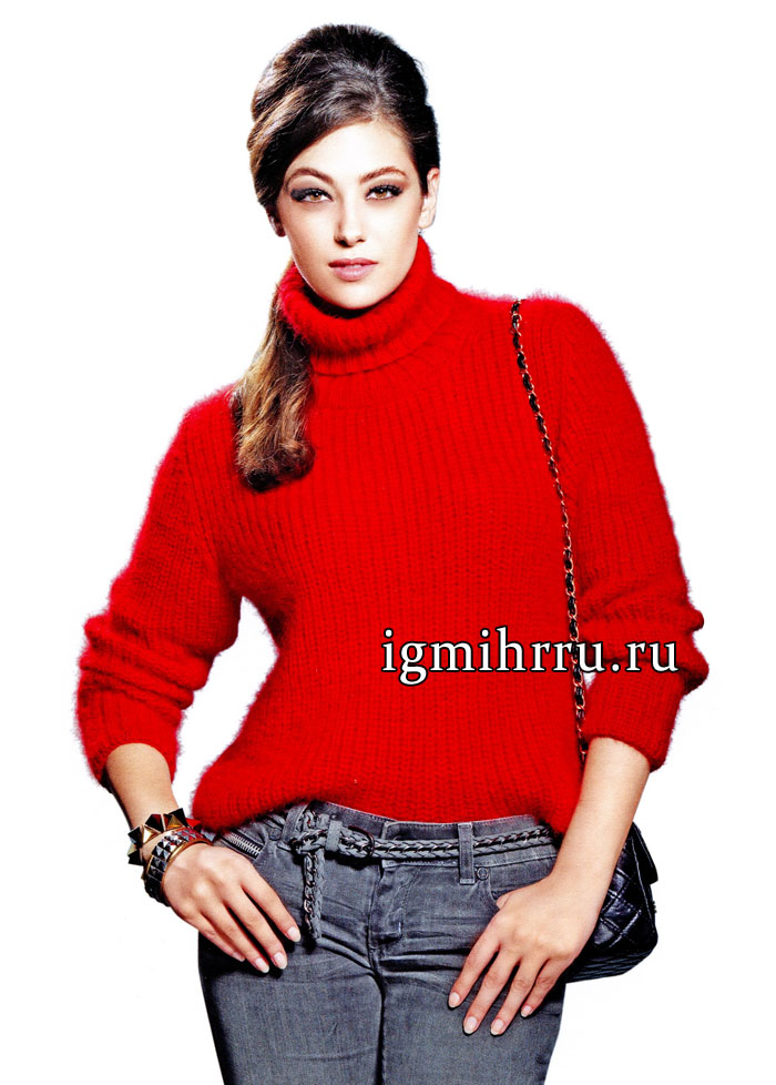 Мягкий пушистый свитер красного цвета, из ангоры. Вязание спицами